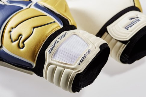 puma-buffon-gloves-remakes (5)
